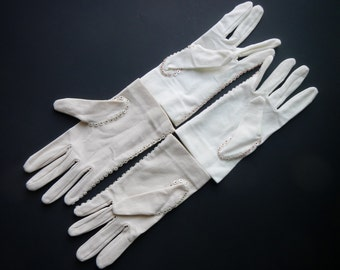 Vintage Women's Gloves With Tiny Button Detail - CHOICE - mid century, 1950s - by Elayne, ladies, dressy, elegant, formal, classic