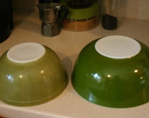 Two Pyrex Mixing Bowls 1960's to 70's Avocado Green 4 Quart & 2.5 Quart Retro Hip Kitchen Cool! Hipster Decor!