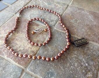 116} Honora Chocolate Pearl Set