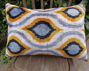 Double Side Pillow, Silk Velvet Ikat Pillow Cover, Back Side Silk Ikat Fabric with zip . 60 x 40 cm - 24' x 16' FREE SHIPPING