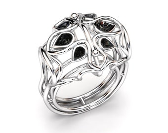 Designer Ring - ADELAIDE - 18k Gold- Diamonds / Moissanites / Gemstones - Pear cut - Extravagent