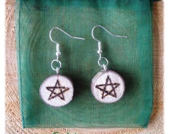 Wood Pentacle earrings / wooden pentacle earrings / Pentagram earrings / pagan earrings / pentacle wood burned earrings