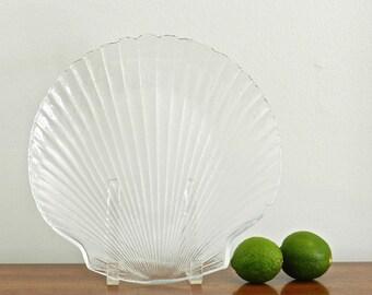 Vintage Glass Shell Serving Plate Serving Tray Nautical Coastal Serving Clamshell Hamptons Preppy Seaside Decor