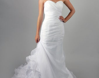 Organza Simple Elegant Mermaid Wedding Dress