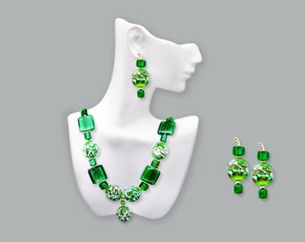 """Green Milliflora and Silver Foil Glass """"Gardens in Glass"""" Necklace with Earrings"""
