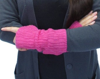 Hot Pink Knitted Wrist Warmers / Fingerless Mittens