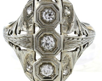 Vintage Antique Art Deco 18K White Gold 0.30ctw Cluster Diamond Ring 3.5 Grams