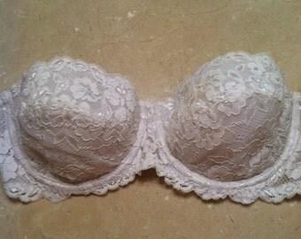 White Lace Strapless Bra
