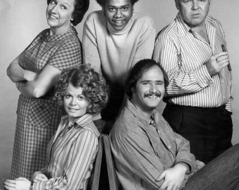 Sally Struthers star of Archie Bunker 's ALL in the FAMILY tv Show Autograph Signed autographed photo + bonus print