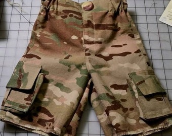 Noisy Dirt Cargo Shorts PDF Pattern and tutorial - TWEEN/TEEN sizes 9 - 18 - Boys (and girls)