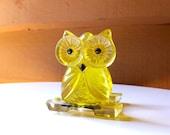 Acrylic Owl Mail Holder, Lucite Owl Letter Holder, Polyurethane Yellow Owl Napkin Holder, MidCentury Modern Owl, Vintage Lucite Owl
