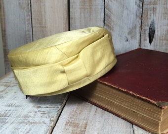 Gold Fascinator Hat - Garden Party Hat, Top Hats, Tea Party Hat, Easter Hat, Church Hat, Wedding Hat, Top Hat - Gold Pillbox Hat