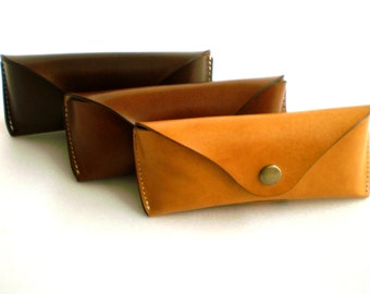 Glasses case for Ray Ban Aviators sunglasses case Veg tan leather Handmade by Celyfos®