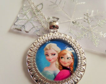 Frozen inspired jewellery - ELSA & ANNA (blue) glass dome pendant necklace