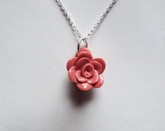 Red rose on sterling silver 18'' chain