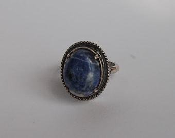 Ring of German silver with lapis lazuli, handmade