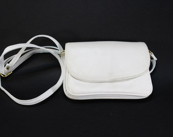Vintage Leather Bag, White 90s shoulder bag, White vintage purse, Shoulder bag, Vintage leather purse, Vintage leather handbag