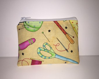 Seamstress zippered pouch