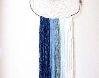 Blue Indian Dreamcatcher/Agate Slice/Wall Hanging/Textiles/Home Decor/Gift/Rustic/Boho/Hippie/Soul/Yoga/Native