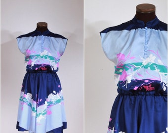 Vintage 1970s Navy and Light Blue Floral Button Dress S/M