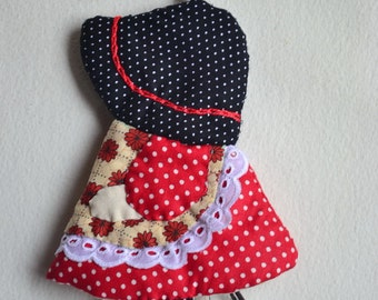 Sun Bonnet Sue Key Cover, cotton, 4 x 5.5""