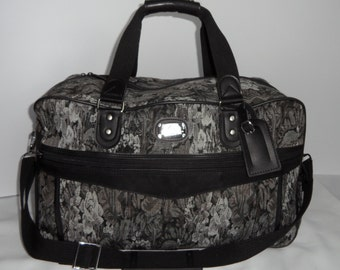 Jordache overnight weekender travel bag; large tapestry bag