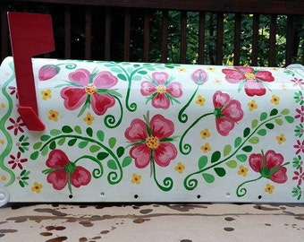 White hand-painted mailbox in flower pattern. Custom mailbox. Weather resistant. Made to order.