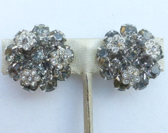 Weiss clip on earrings smoky grey rhinestone with clear florettes AM51