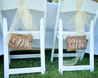 Mr and Mrs Wedding Chair Signs-- Rustic Wedding Chair Signs- Wedding Wood Wedding Chair Signs- Wooden Chair Signs