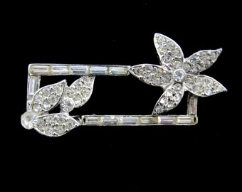 Rhinestone FLOWER And LEAVES Rectangular Vintage BROOCH Pin Pave', Silvertone *