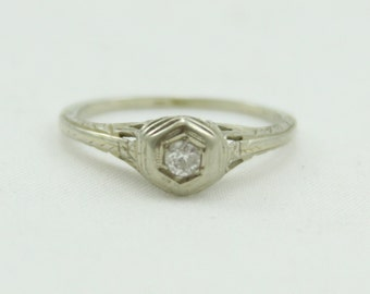 14k White Gold Diamond Art Deco Ring