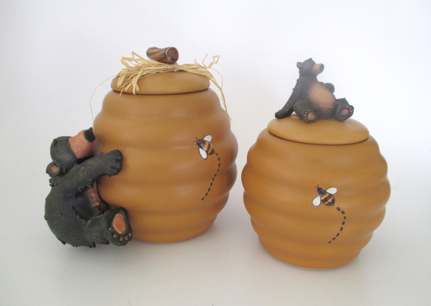 Honour pottery bee hive and bears canister and cookie jar set - Beehive cookie jar ...