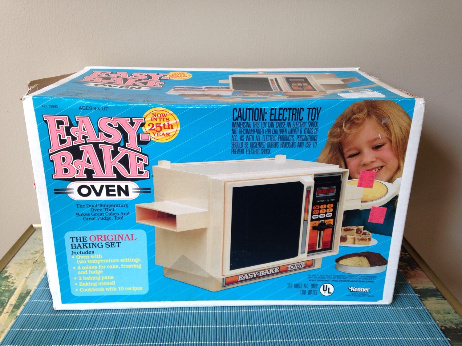 Easy Bake Oven Vintage Toy 80 S Eighties Child Cooking