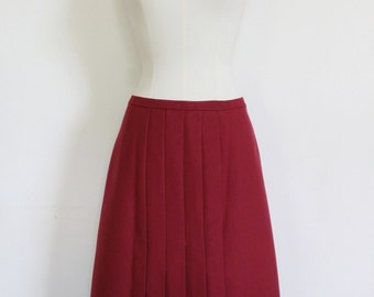 70s Dark Red pleated skirt