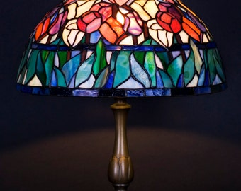 Tulip Lamp, Stained Glass Lamp, Bedside Lamp, Bedside Decor, Home Decor, Office Lamp, Reading Lamp, Library Lights, Reading Light, Desk Lamp
