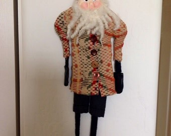 Primitive Santa in Coverlet Coat