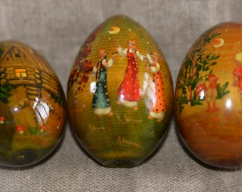 Trio of eggs on the traditional Russian tales
