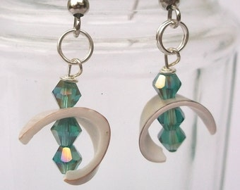 Shell earrings, ocean blue glass beads, also called ear clip