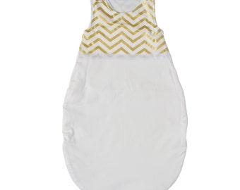 SALE > Gender neutral baby sleeping bag, 0-6 months, gold chevron print and white fabric, 100% cotton