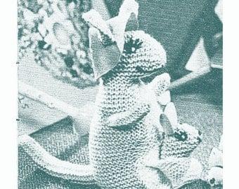 Kangaroo Pouch Knitting Pattern : kangaroo knitting pattern   Etsy
