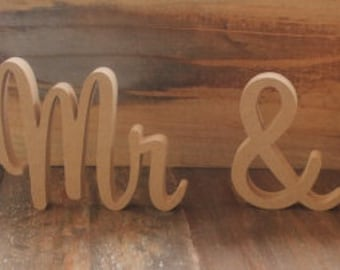 Mr & Mrs Wedding Sign, RAW Unpainted, Custom wooden wedding table decoration sign. Sweetheart Font 15cm (150mm) High