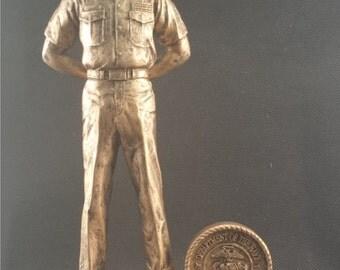 U.S. Marine Resin Statue - FREE ENGRAVING