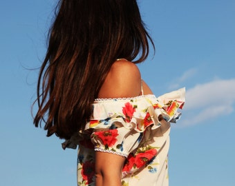 White floral romantic top.siaze s