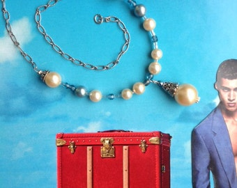 Romantic Pearl Drop Necklace