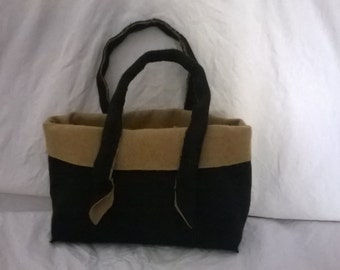 mini bag beige and black