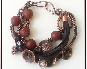 Soft bracelet ,copper links,beads of garnet,agat.Three in one.Completely handmade.