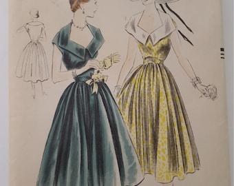 Vogue 7086 Vintage Sewing Pattern