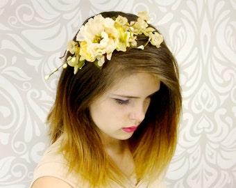Bridal Headpiece, Ivory Rustic Flower Crown, Vintage Flower Headband, Boho Headband, Cream Bridal Headband, Woodland Wedding, Boho Wedding