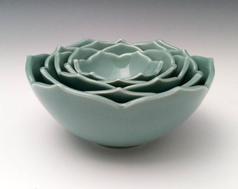 Ceramic Nesting Lotus Bowls Serving Bowls Set of Five