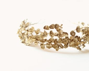 Gold bridal headpiece, Golden floral tiara, Hair crown, Vintage-inspired bridal head piece, Wedding hair accessory - GILDED LILY